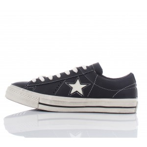 Converse All Star Sneakers One Star OX Leather Distressed Nere